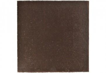 terre cuite de sol noire
