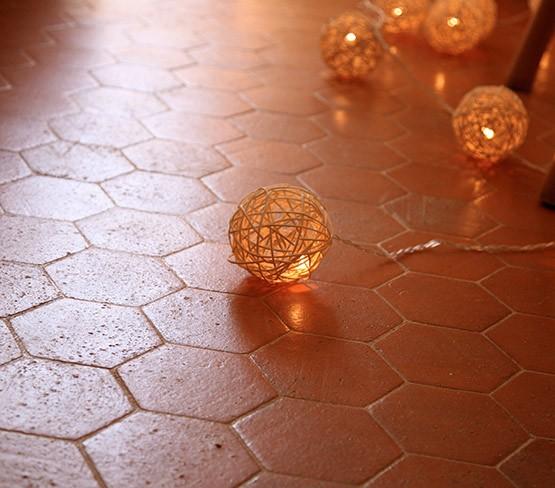 Cleaner for terracotta tiles